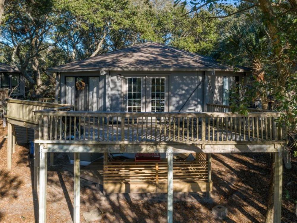 Treehouse style Villa So COOL An EXPERIENCE Near the beach Seabrook Island