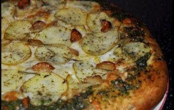 Pizza s pečeným cesnakom