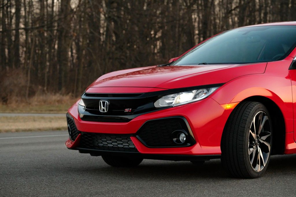 Create Your Own Limits Of Speed On The Track Inside The Turbocharged 2017 Honda Civic Si Honda Civic Si Honda Civic Honda Civic Si Coupe