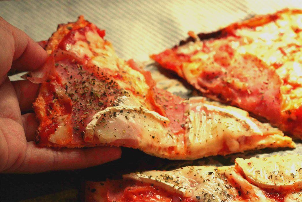 pizza de base de coliflor Si eres italiano se te hará muy dificil ...