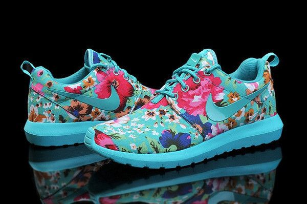 7d1d4cf51868 Hot Nike Roshe Run Floral Fabric Turquoise Blue Jade Hyper Pink Shoes