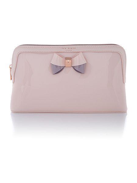 f88c8529f331 Ted Baker Madlynn Light Pink Large Makeup Bag