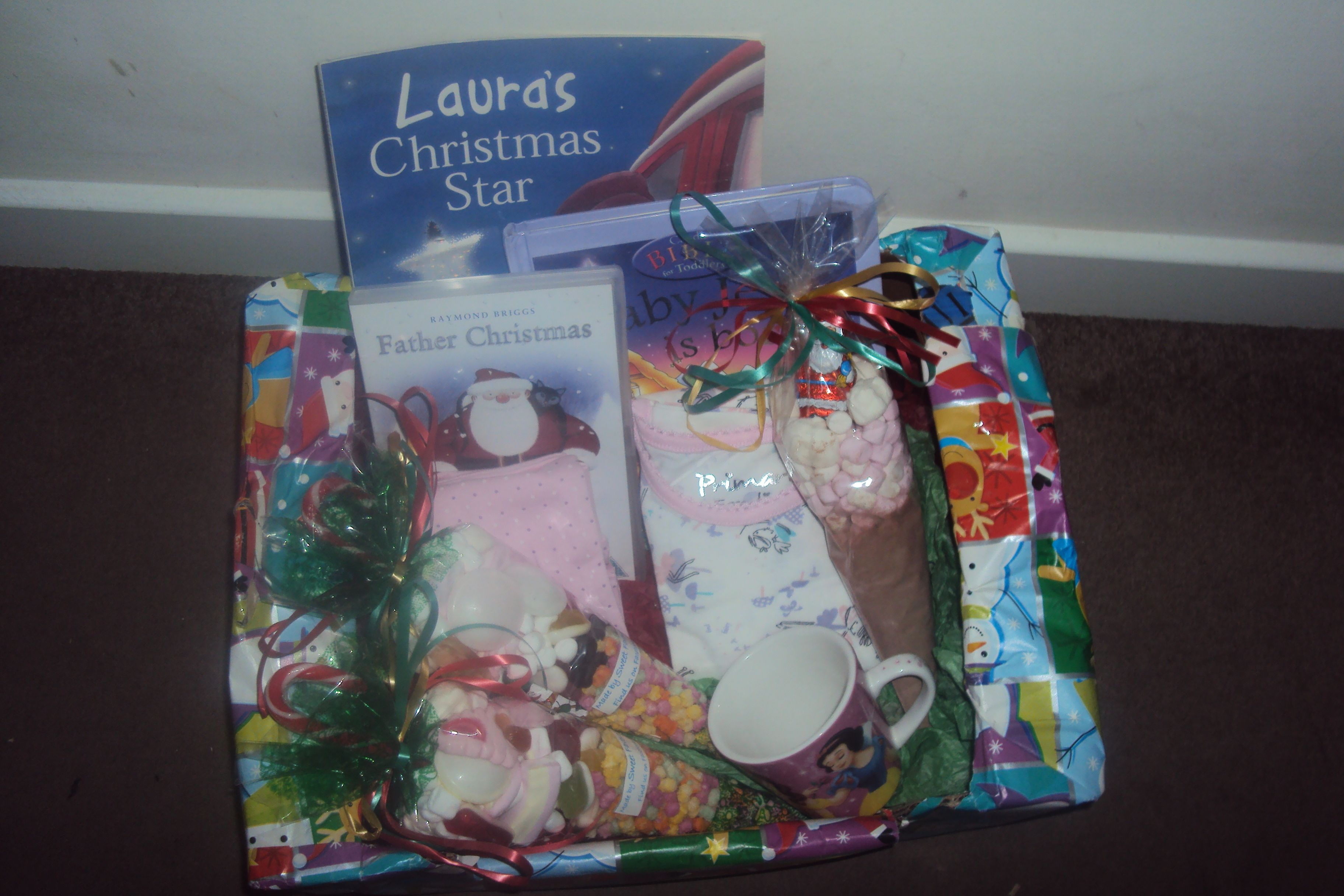 Our Christmas Eve box for the kids ( 4 yrs old & 17 months old) CONTAINS: *Father Christmas DVD ...