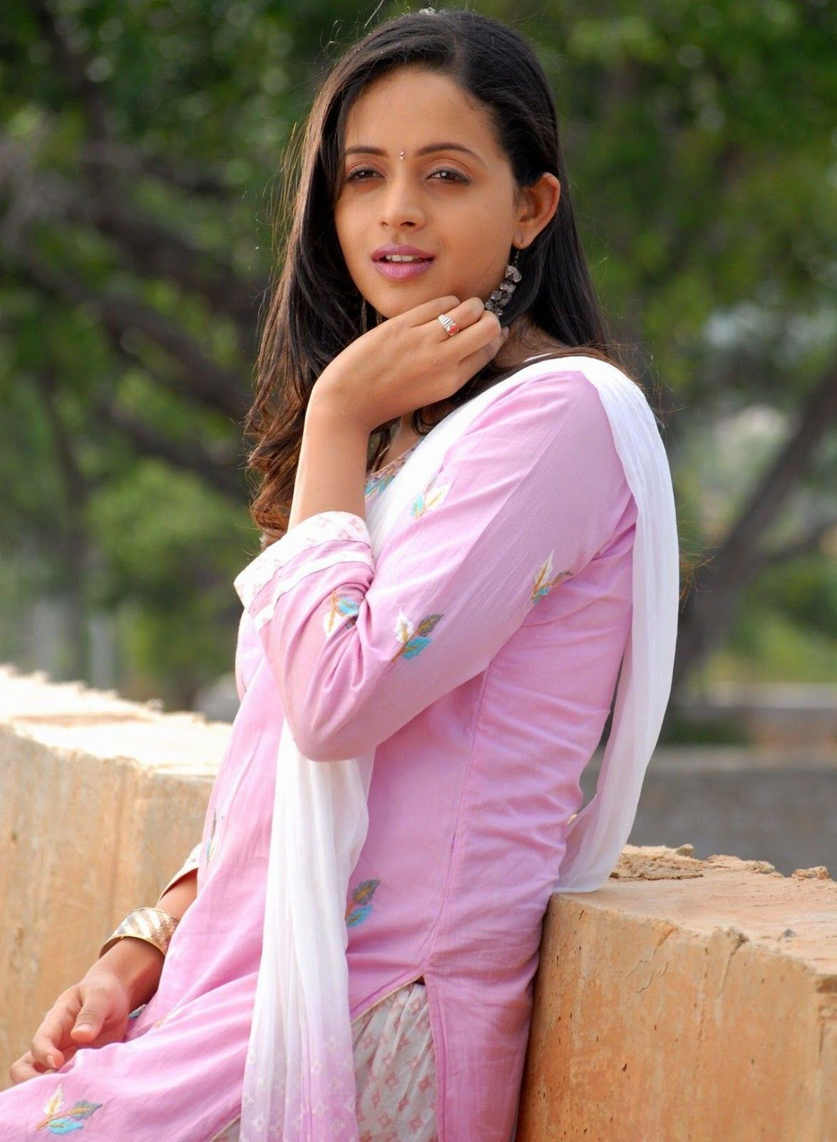 Bhavna 06 Malayalam Actress Actress Wallpaper Cool Pictures Pictures Images Bhavana Menon