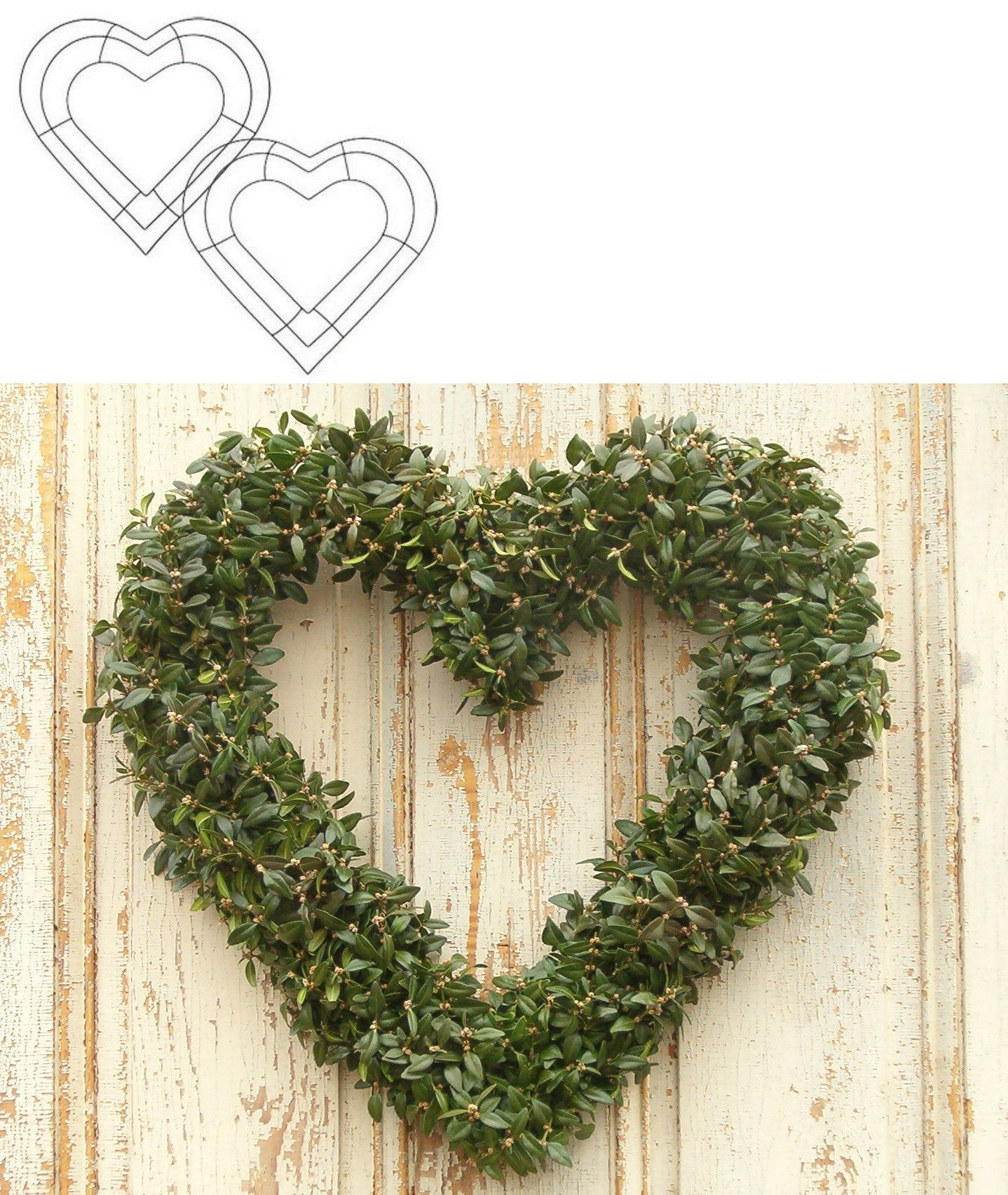 """Wire Heart Wreath 12/""""-Green"""