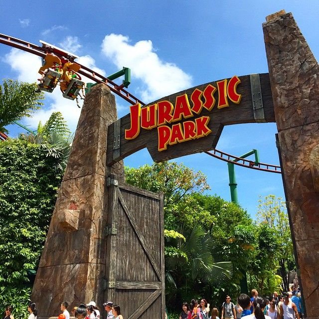 Get a birdu0027s eye view of Universal Studios Singapore with the Canopy Flyer at Lost World & Get a birdu0027s eye view of Universal Studios Singapore with the ...
