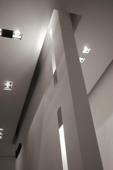 Kreon lighting show room in Miami _