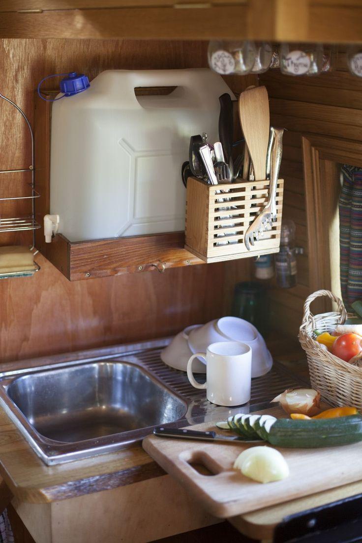 Kreativ von Ife Kitchen Setups Maya Camper Van Pinterest Camper Camper Van And ..., #camper #kitchen #kreativ #pinterest #setups #gypsysetup