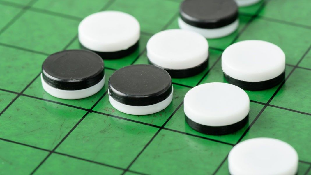 Reversi Web Games Games, Webs, Convenience store products
