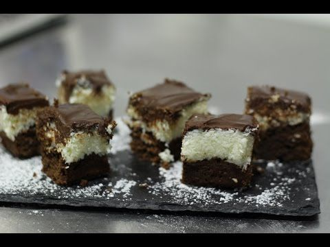 Brownie de chocolate con coco - YouTube