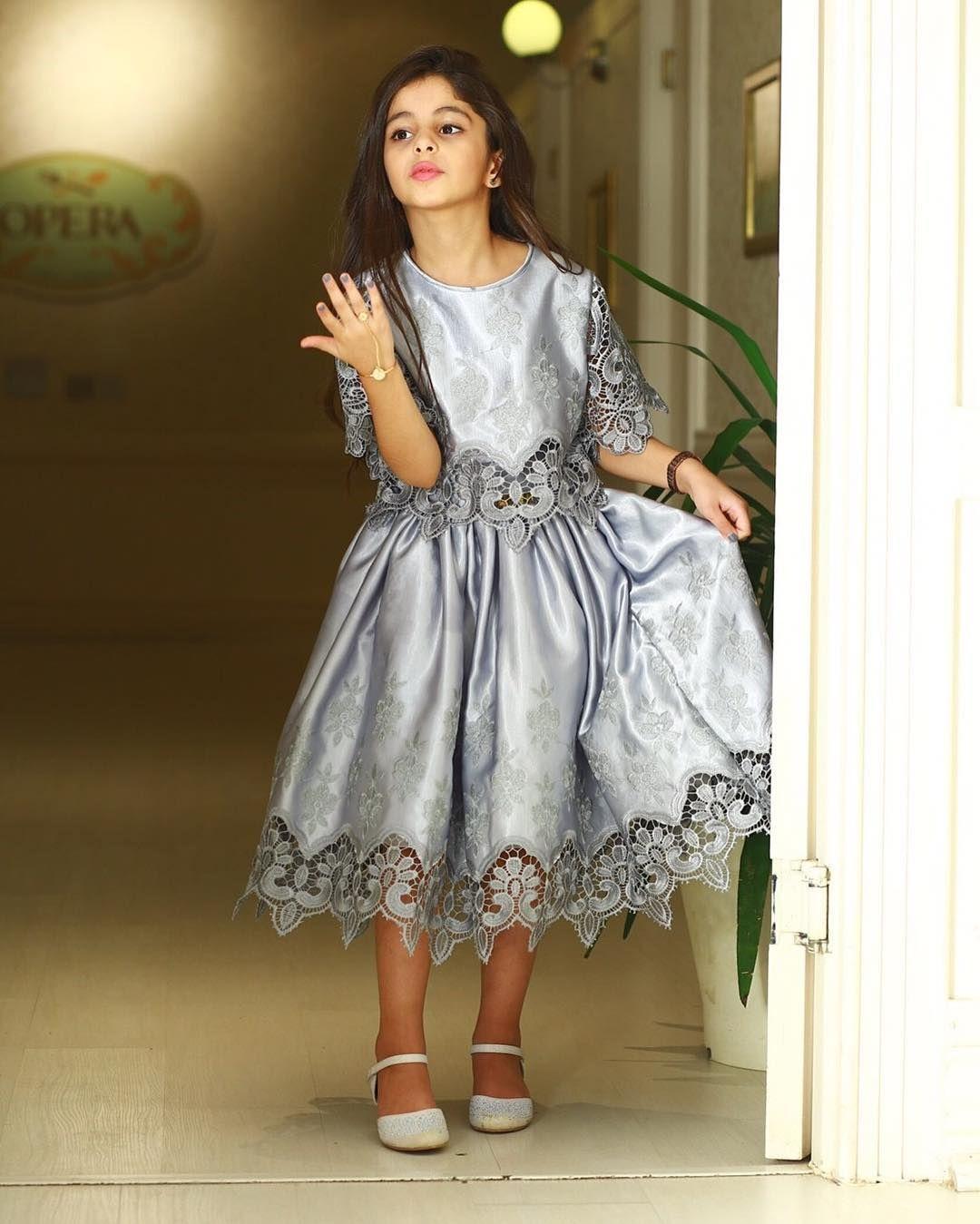 Pin By Amal Abdulla On ورد المحيسن Flower Girl Dresses Dresses Wedding Dresses