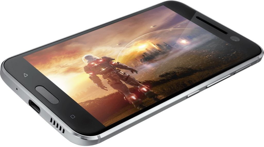 HTC 11 may not be launched in the US, suggests analyst - http://vr-zone.com/articles/htc-11-may-not-launched-us-suggests-analyst/119412.html