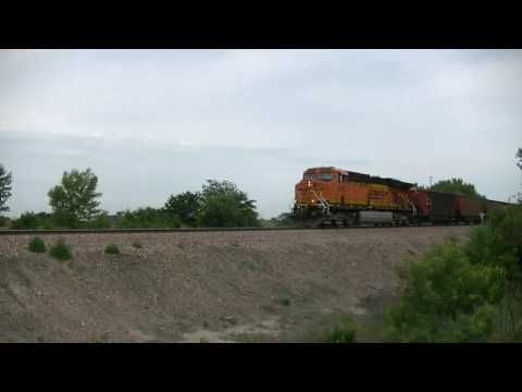 BNSF Action in Grand Island to Cairo,NE  June 30,2015