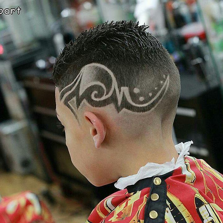With The Grain Haircut: #Repost @l0u_da_barber #sunrisepart Book Your Appointment