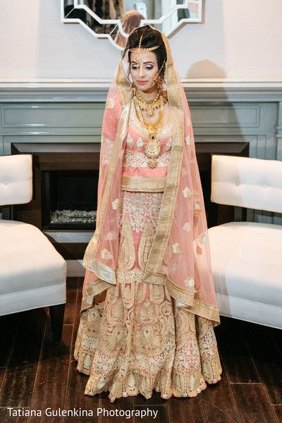 Unique indian wedding style. http://www.maharaniweddings.com/gallery/photo/97547