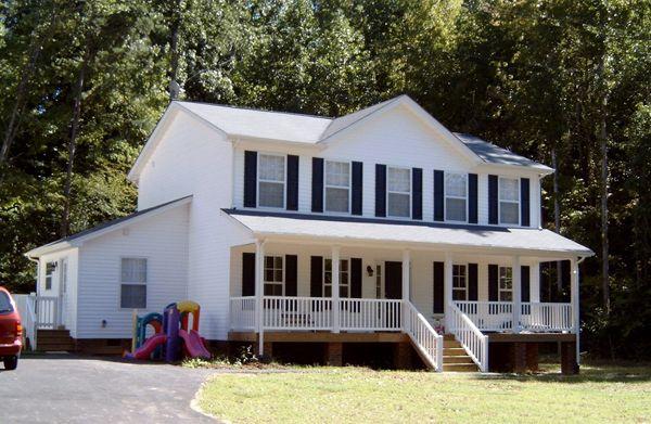 The Scott Floorplan wrapped in white vinyl siding | classic house ...