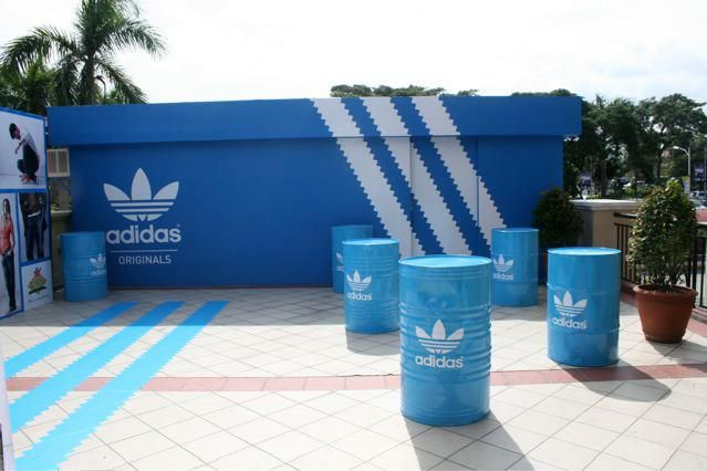 exclusive range unique design 50% off Adidas pop-up store in 2019 | Adidas originals, Pop, Pop up