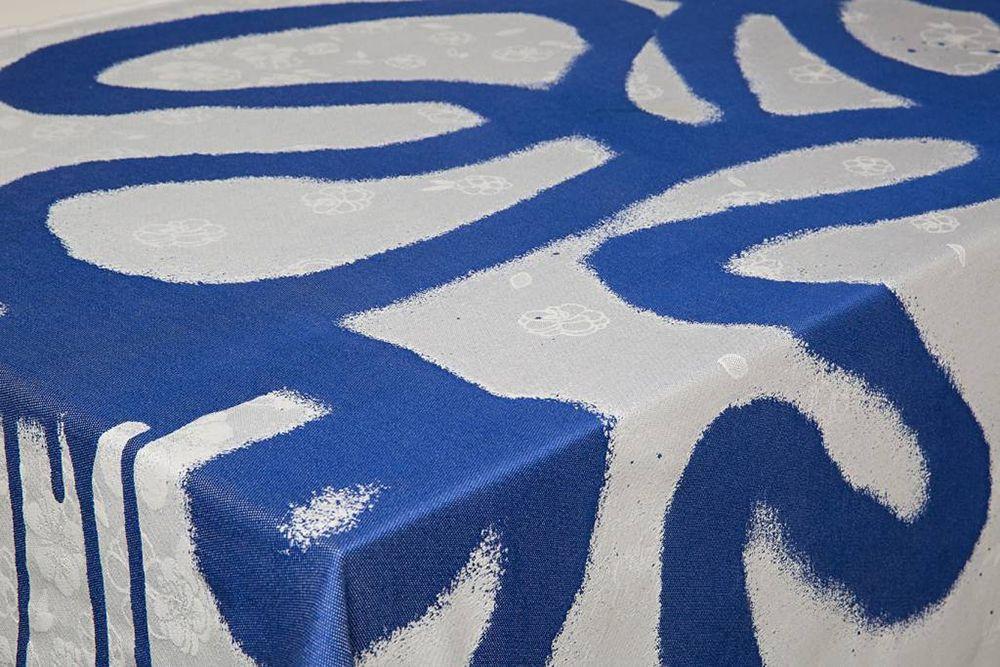 "Viktor & Rolf ""Graffiti"" for 'by TextielMuseum' #tableware #blue #graffiti"