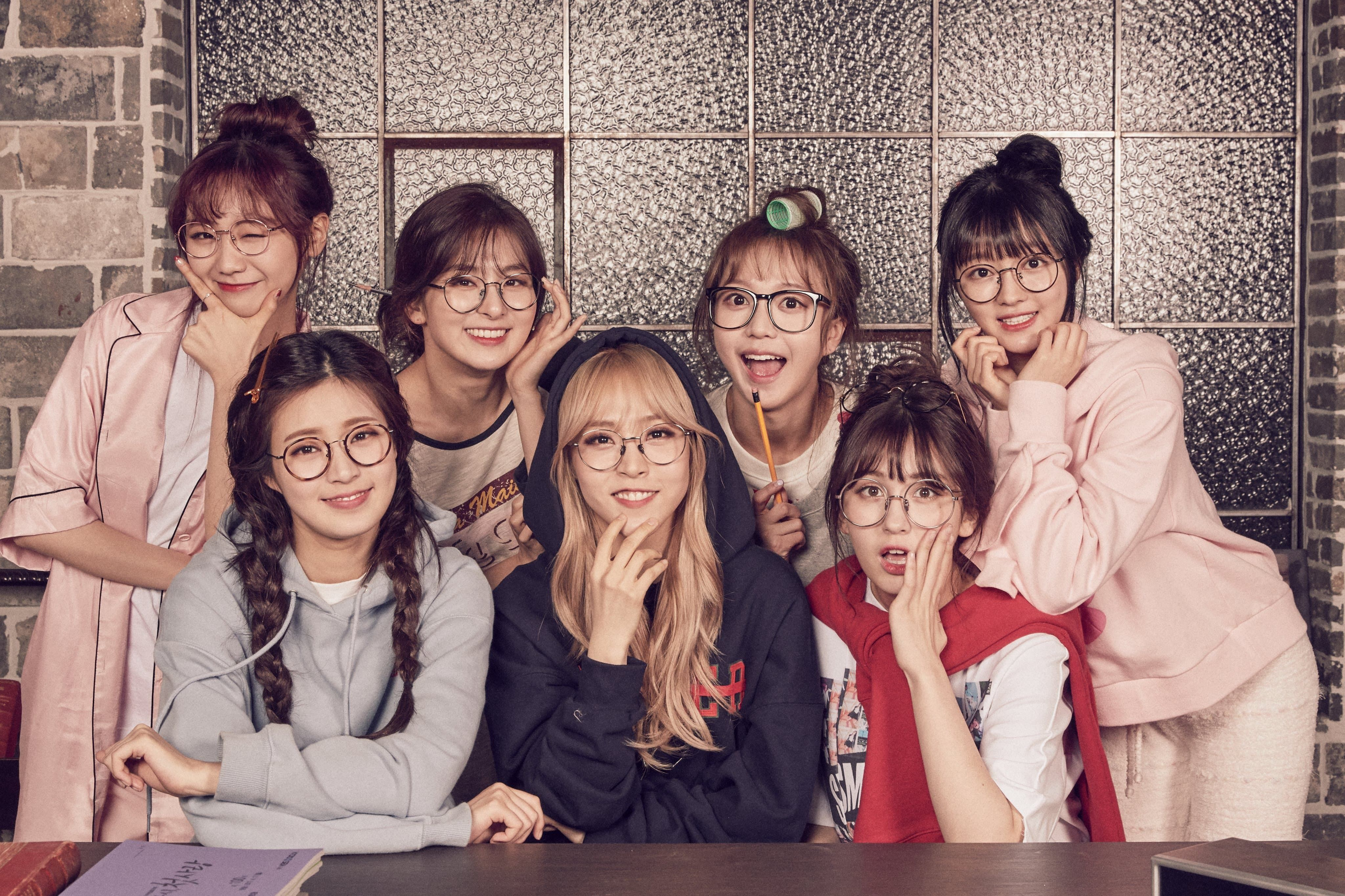 Idol Drama Operation Team Cast Photo Seulgi Somi Moonbyul Yooa Sujeong Sohee And D Ana Kpics Kpop Sweetgirls Lovethe Moonbyul Girl Group Pictures Mamamoo