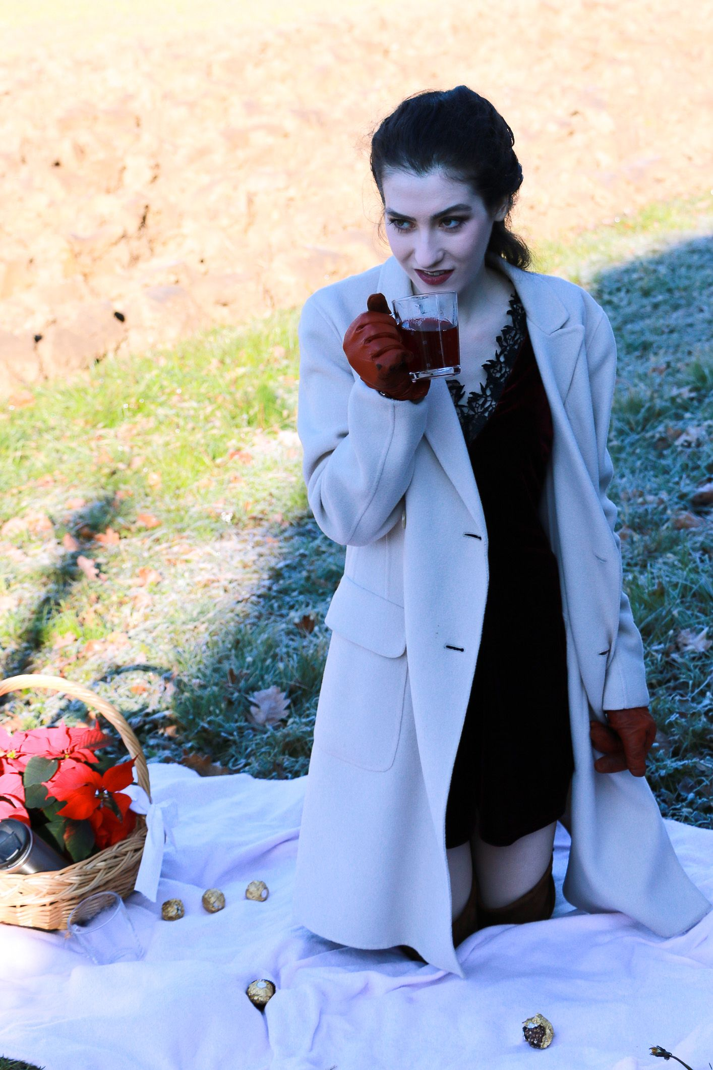 what to wear to outdoor party in winter
