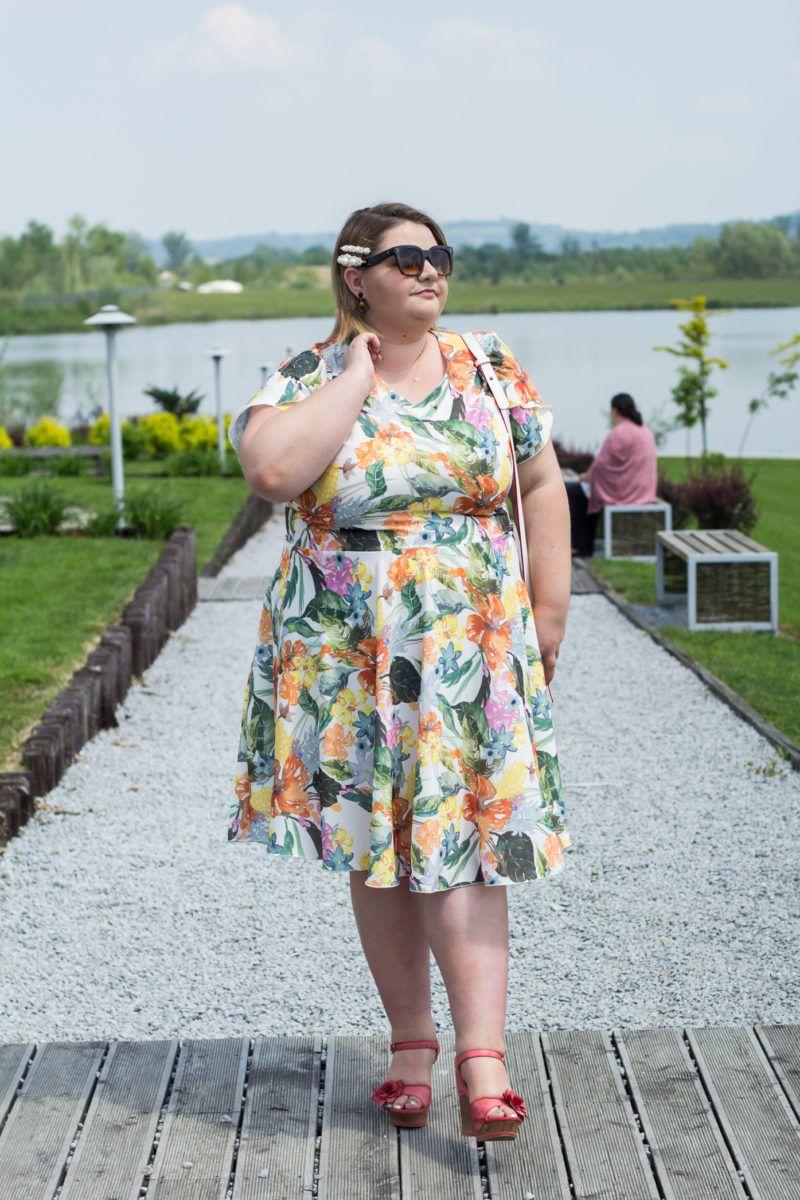 Gdzie Szukac Sukienki Na Wesele Plus Size Lista Sklepow Plus Size Fashion Fashion Dresses