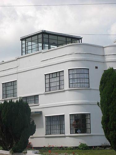 Hill crescentbexleykent also best art deco homes images design home rh pinterest