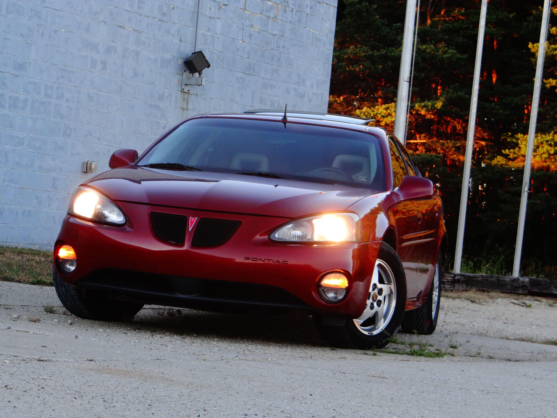 2004 Pontiac Grand Prix GT sedan Burgundy Pontiac grand
