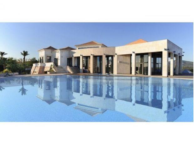 Magnifique villa isolée avec 9 chambres située à Estoi- Faro