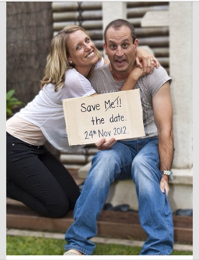 Funny Engagement Photo Ideas