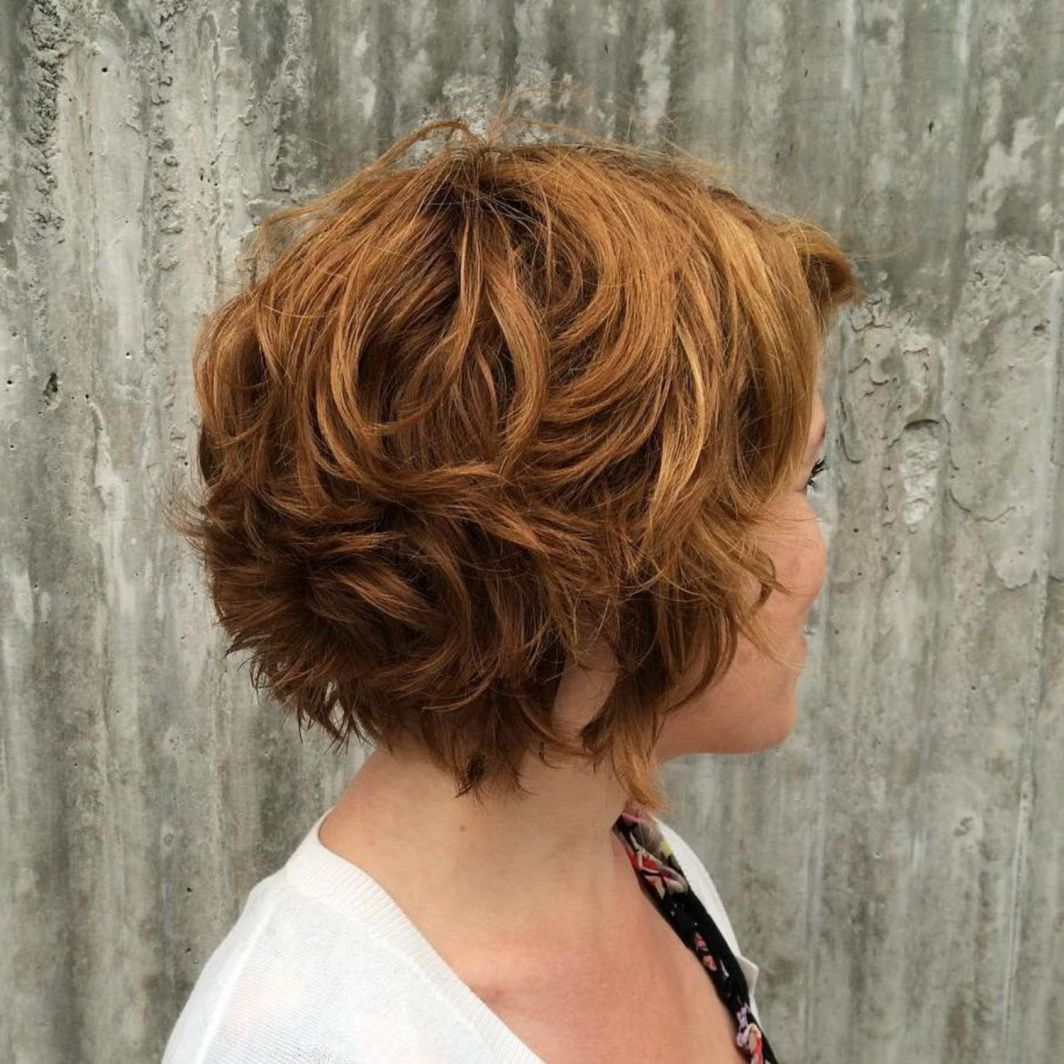 Short Chestnut Brown Curly Hair | Short layered wavy hairstyles, Hair styles,  Thick wavy hair