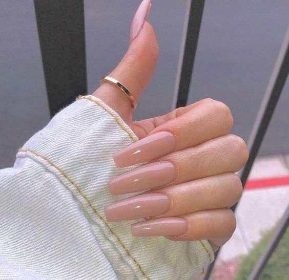 39 Cute Light Nail Color For Spring Summer 2019 Long Acrylic Nails Light Colored Nails Light Nails