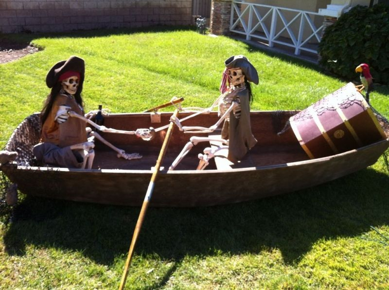 Best 25 Pirate Halloween Decorations Ideas On Pinterest