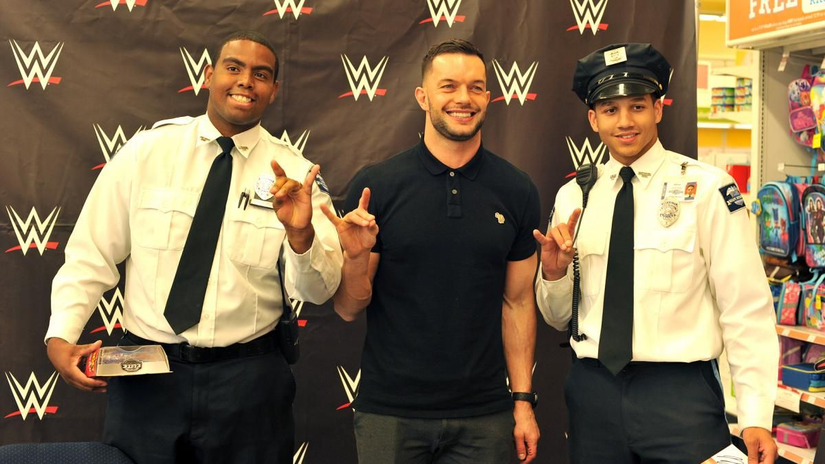 Finn Balor Meets With The Wwe Universe At Toys R Us In The Bronx