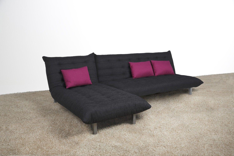 Eine tolle und einfache Lösung für kleine Räume. Diese Couchgarnitur ...
