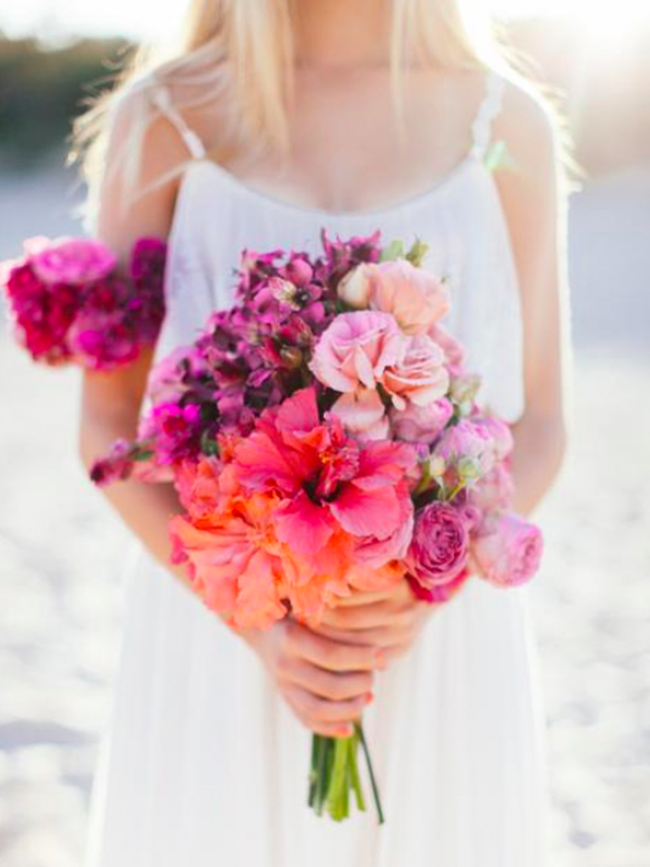 Hibiscus Flowers Look Beautiful In Your Bridal Bouquet Hibiscus Wedding Hibiscus Bouquet Wedding Styles