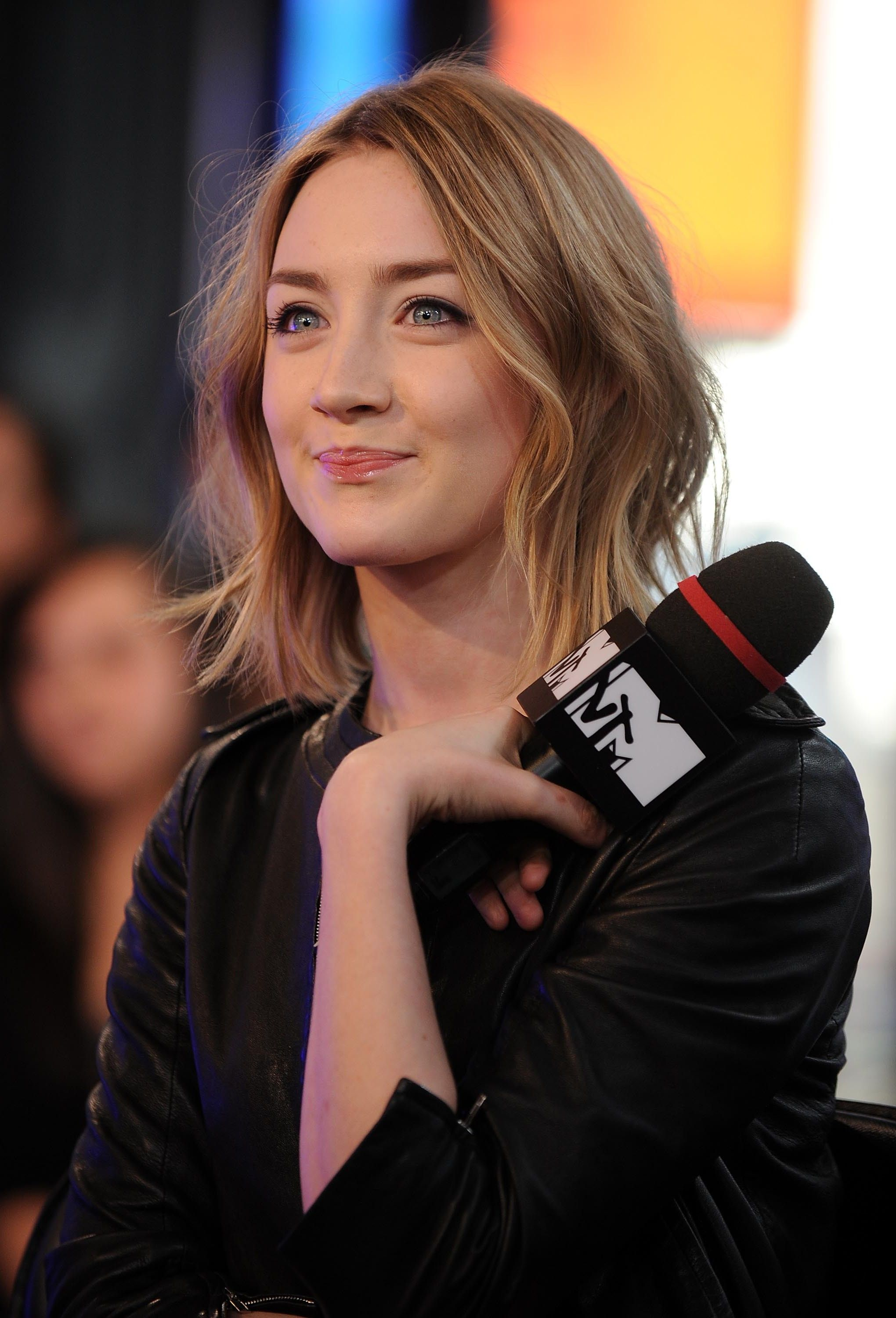 Saoirse Ronan Haircuts For Fine Hair Bobs For Thin Hair Fine Hair