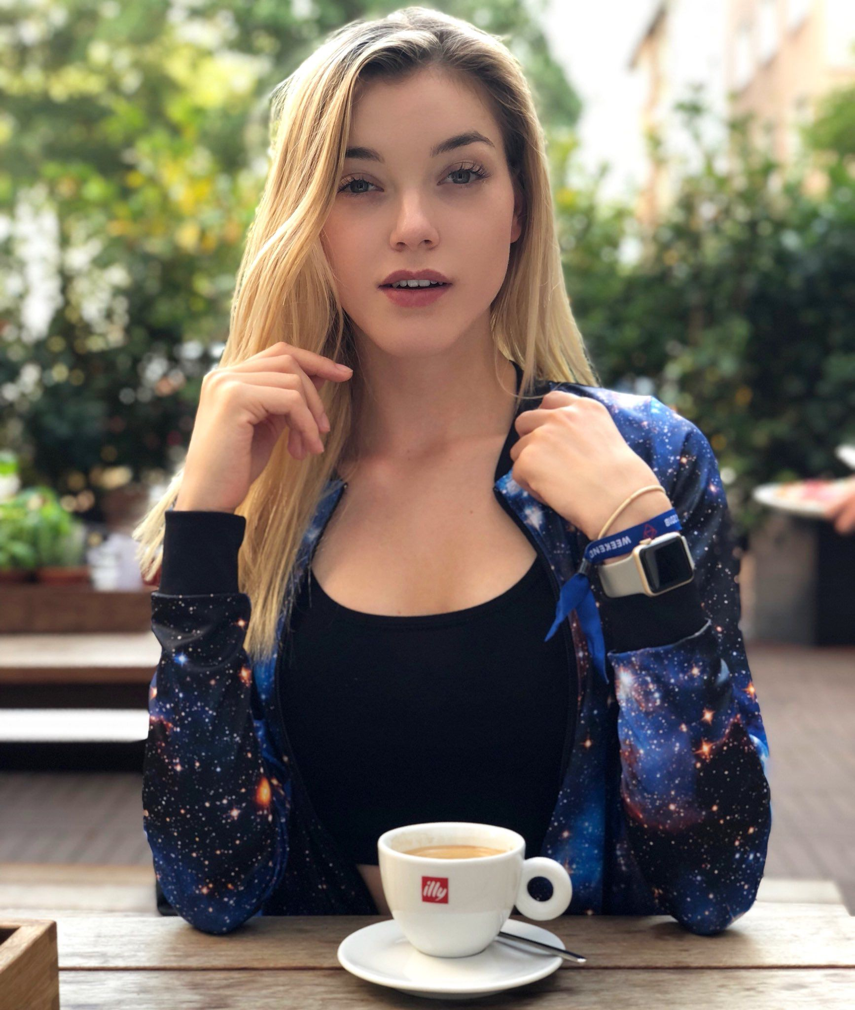 Pin von Winni04 auf Anny Aurora in 2019