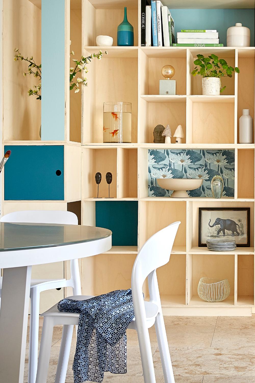 Une bibliothèque DIY dans le salon ! en 15  Déco bleue, Idées