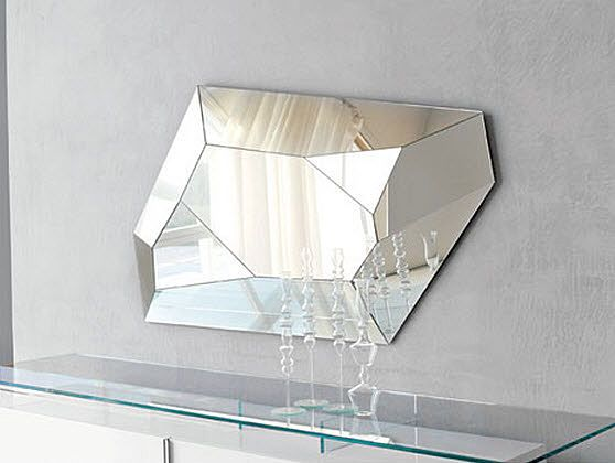 Design wall mirror  DIAMOND by Paolo Cattelan