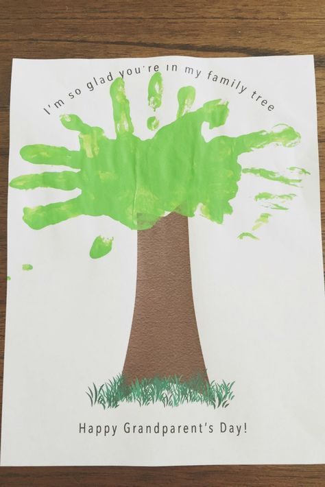 I'm so glad you're in my family tree. Grandparents day gift idea #grandparen...  #Day #family #Gift #glad #grandparen #Grandparents #idea #Tree #youre #grandparentsdaygifts