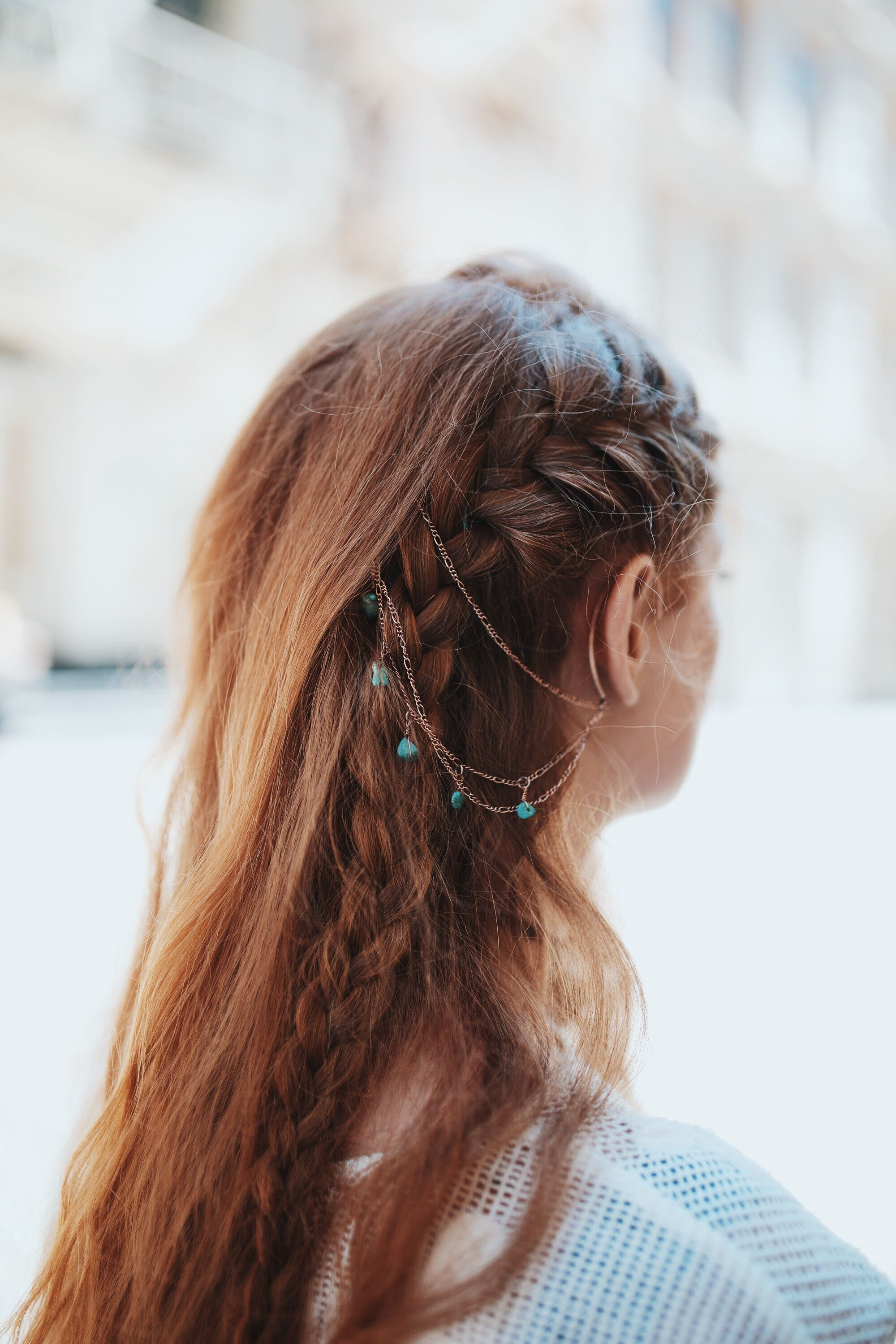 Suite Caroline Salon X Free People: Learn How To Style The Ear Cuff To Hair Chain