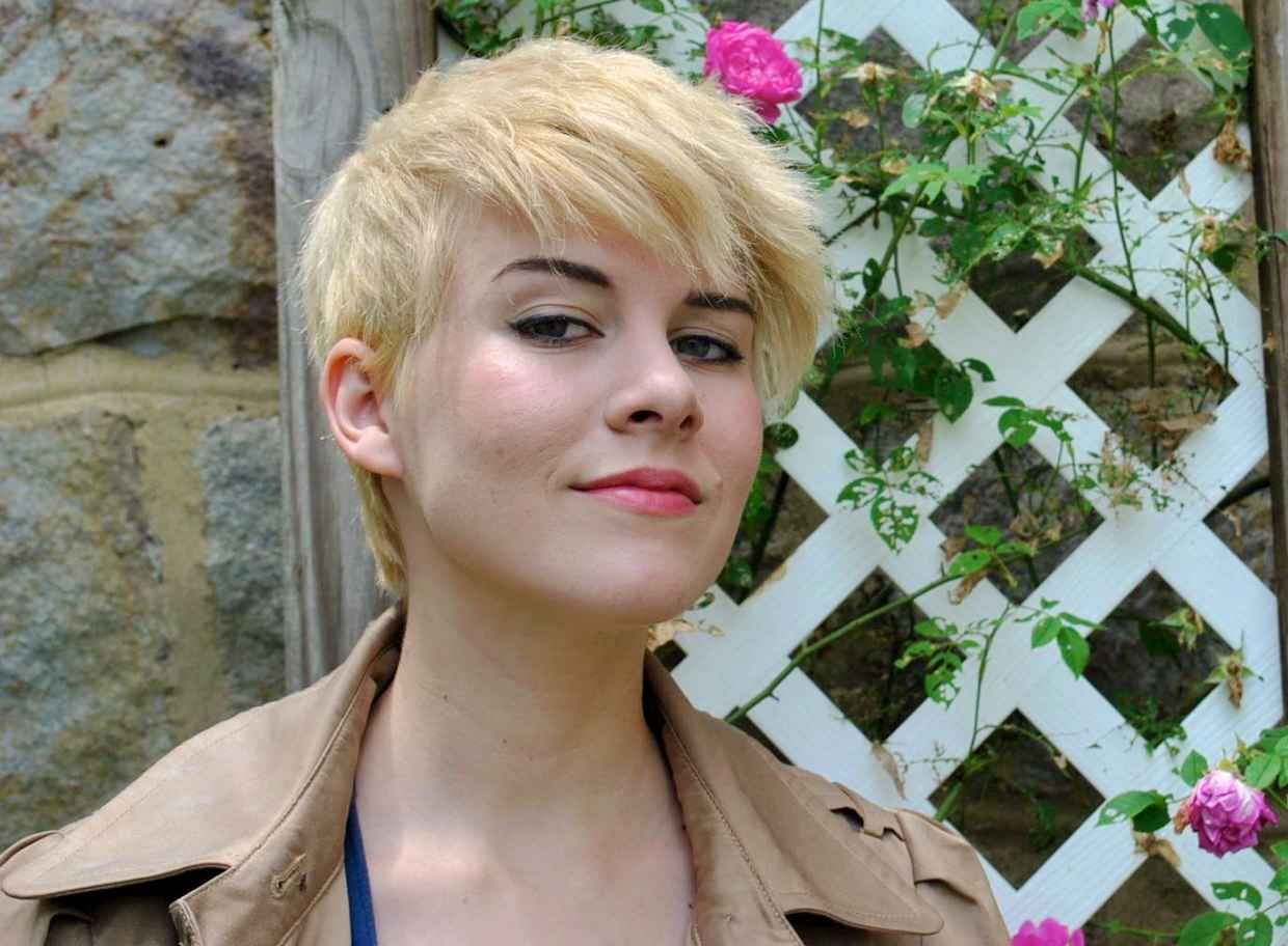 Blonde pixie hair pinterest blonde pixie going blonde and blondes