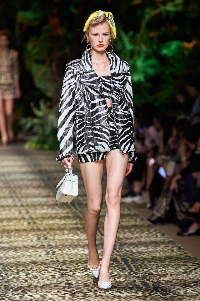 Dolce & Gabbana Prêt-À-Porter Printemps-Été 2020 – Défilés | Vogue Paris