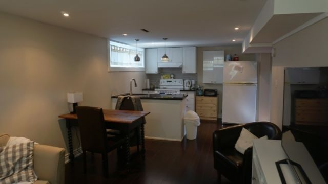 1 Br Basement Apartment For Rent In Scarbto Near Midland Lawrence Apartment Property For Rent Property