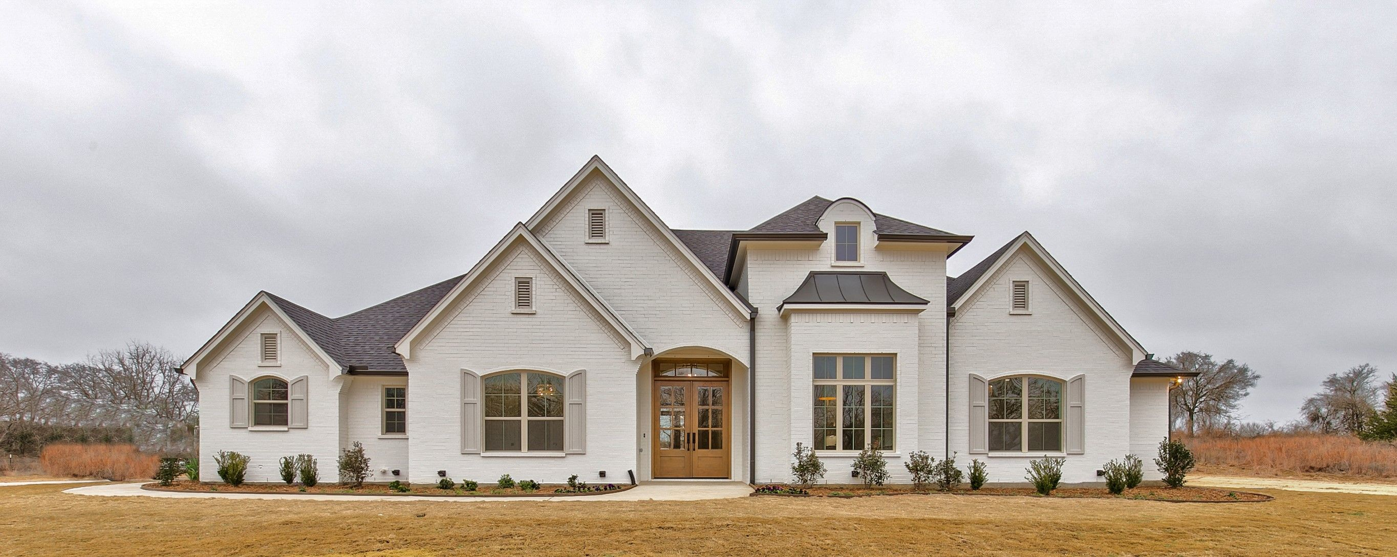 Charming Texas Custom Home In 2020 Ranch Style Homes Custom Home Plans House Exterior