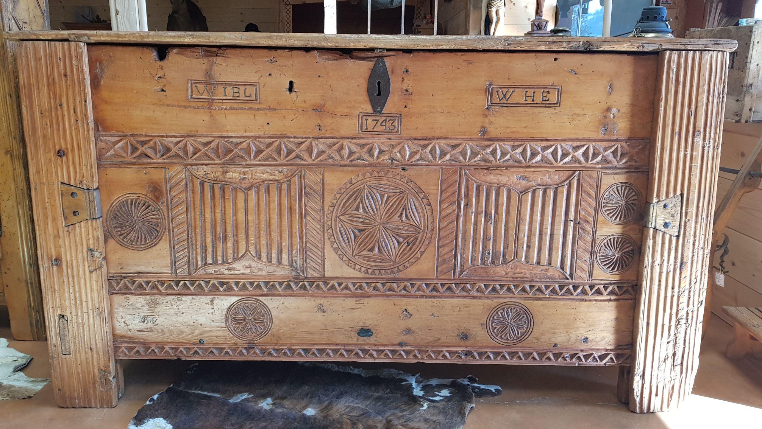 Coffre Art Populaire Savoyard Antiquite Art Populaire Antiquite Art