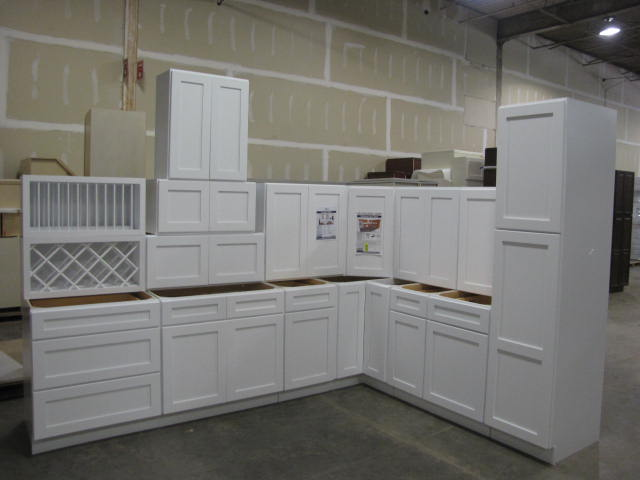 Item 8 Arcadia White Kitchen Cabinet Set 10 X15 Deluxe Layout By Ghi Additional Pieces Are Avai Shaker Style Doors Kitchen Set Cabinet Plywood Shelves