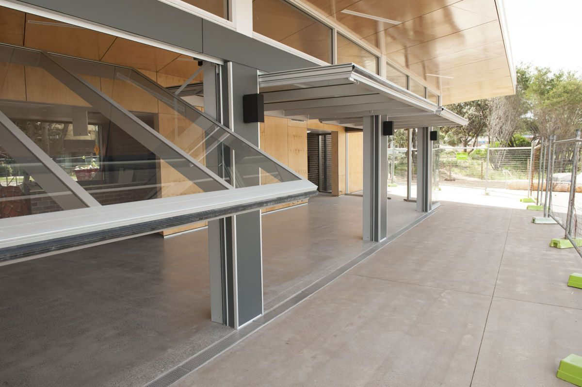 Decorating commercial door systems images : Tilt Wall & Window Systems - Sliding Walls - Glass Wall Panels ...