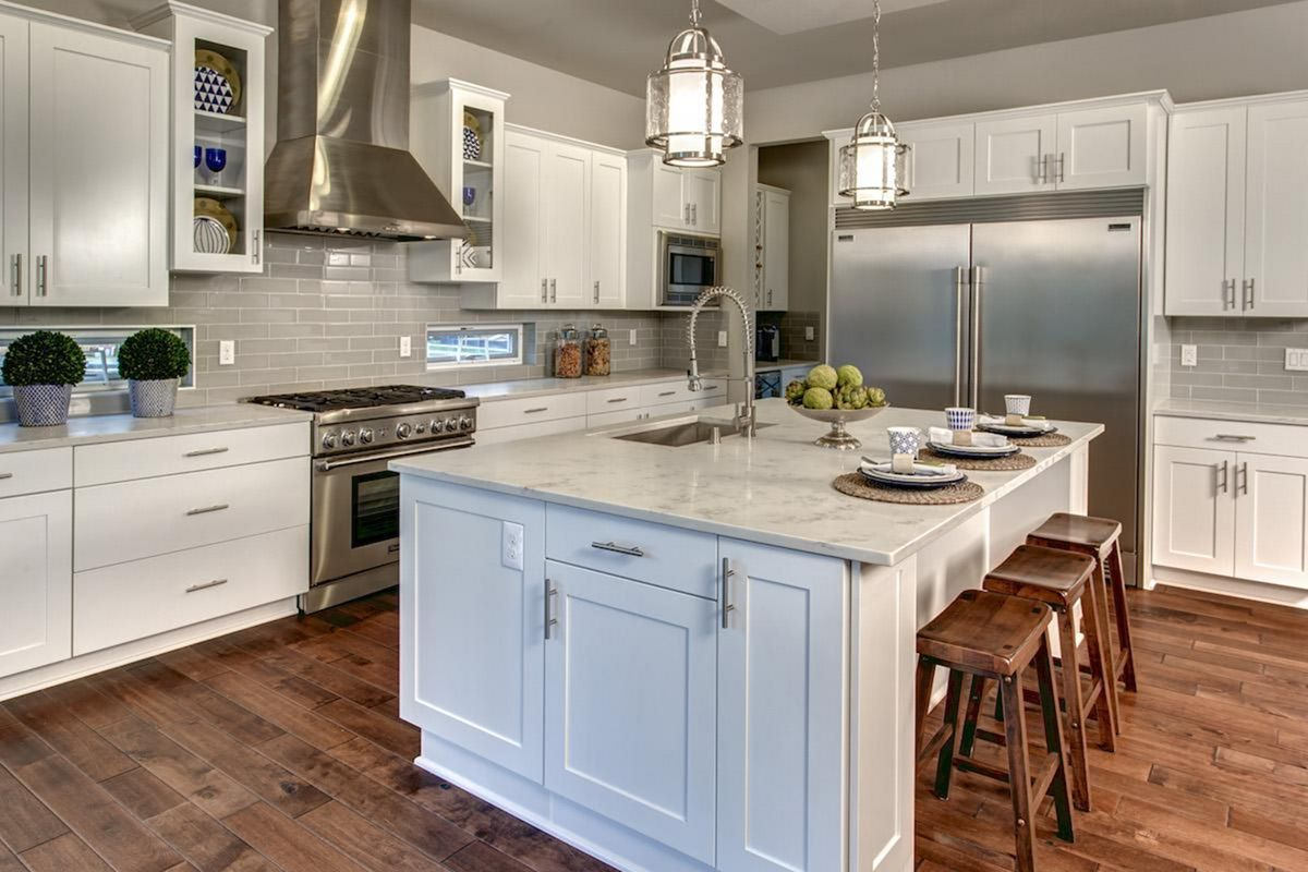 20 Awesome Classic American Kitchen Style Ideas For Your Home Kitchen Style Classic Home Decor Classic Kitchens