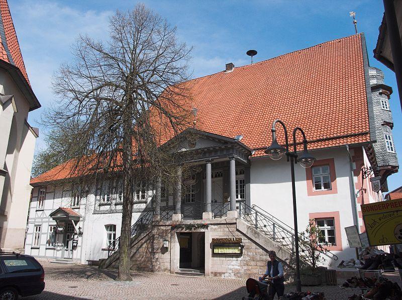 Osterode Altes Rathaus Seite Osterode Am Harz Deutsche Landschaft Rathaus